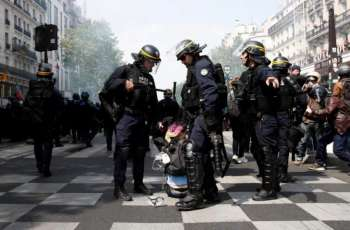 Paris Police Clash With 'Black Bloc' Anarchists at Climate March
