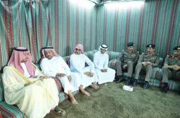سمو الأمير سعود بن جلوي يعزي ذوي الشهيد دغريري