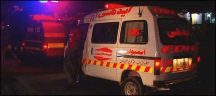 3 people including a woman die in road mishap