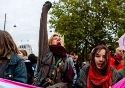 Climate Activists Block Roads in Amsterdam as Part of 'International Rebellion'