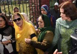 Indian Occupied-Kashmir: 12 women including Farooq Abdullah's sister, daughter arrested for staging protest