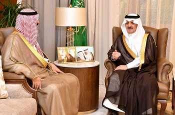 أمير المنطقة الشرقية يلتقى سفير دولة الكويت لدى المملكة