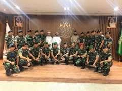 مركز الحرب الفكرية يستقبل الملتحقين بدورة مكافحة الإرهاب من منسوبي القوات المسلحة الإندونيسية
