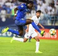 الهلال يتأهل إلى نهائي دوري أبطال آسيا لكرة القدم رغم خسارته من السد 4 - 2