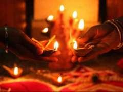 Hindu Community busy with Diwali preparations