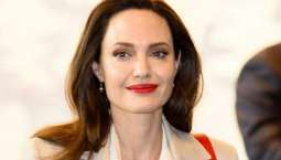Angelina Jolie opens up about losing her mother to cancer