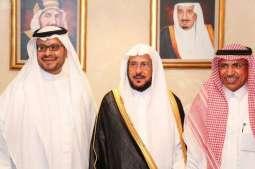 سفير المملكة لدى سلطنة عمان يحتفي بوزير الشؤون الإسلامية