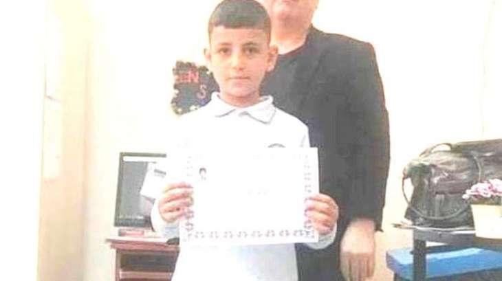 انتحار الطفل السوري یبلغ من العمر 9 سنوات علي باب المقبرة بترکیا