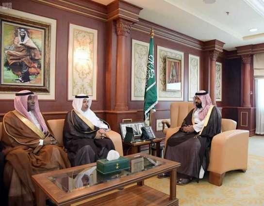 سمو الأمير محمد بن عبدالعزيز يستقبل مدير جامعة جازان