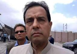 What is that call which shook Captain Safdar who is not in Azadi March ?