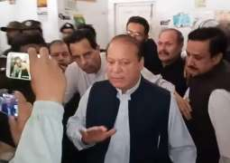 Nawaz Sharif thinks shroud has pockets: Sheikh Rashid