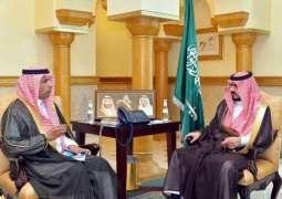 سمو نائب أمير مكة المكرمة يتسلّم التقرير الإحصائي لميناء جدة الإسلامي