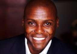 Olympic legend Carl Lewis to share his memories at International Sports Innovation Conference
