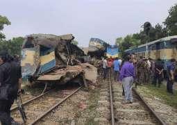 مقتل 15 شخصا اثر حادث اصطدام القطار في بنجلادیش