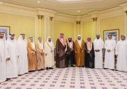 سمو أمير منطقة المدينة المنورة يهنّئ جمعية (أسرتي ) بمناسبة تحقيق المركز الأول لجائزة الملك خالد للعام 2019م