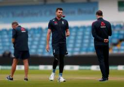 Englan's Anderson to continue recovery in South Africa