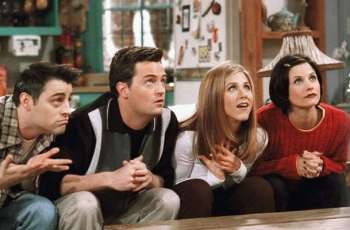 Jennifer Aniston and 'Friends' cast in talks with HBO Max for reunion: report
