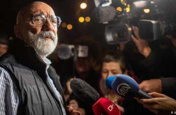 Turkey Rearrests Opposition Journalist Ahmet Altan Week After His Release - Lawyer