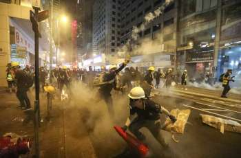 China Warns UK Against 'Adding Fuel' to Hong Kong Protests After Attack on Minister