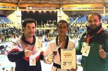 لاعب المنتخب السعودي للتايكوندو الظافري يحقق برونزية فرنسا الدولية