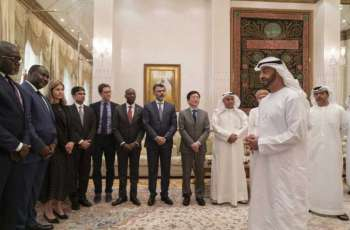 محمد بن زايد يستقبل المشاركين في أعمال القمة الأفريقية للاستثمار التي يستضيفها جهاز أبوظبي للاستثمار