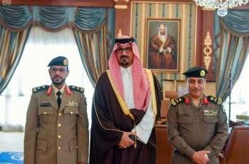 سمو أمير منطقة المدينة المنورة بالنيابة يقلد نائب مدير شرطة منطقة المدينة المنورة رتبته الجديدة