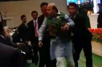 BJP leader taken out by security for interrupting Suri during speech on Occupied Kashmir