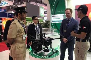 """شرطة دبي تستعرض في معرض الطيران 2019 دراجة """"هوفر"""" الطائرة و3 طائرات اخرى"""