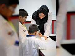"""بلدية دبي تفتتح أول مختبر علوم فورشرفيلت """"المستكشف الصغير"""" في الشرق الأوسط"""