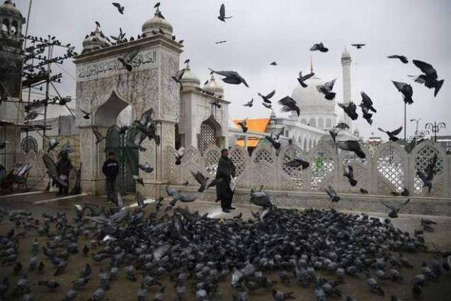 Gathering first time disallowed at Hazratbal