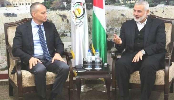 """رئیس المکتب السیاسي لحرکة """" حماس """" اسماعیل ھنیة یجتمع مع المنسق الخاص لأمم المتحدة في الشرق الأوسط نیکولاي میلادینوف"""