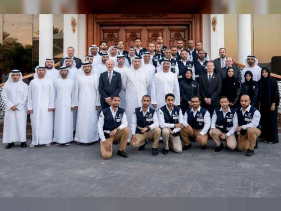 Mohamed bin Zayed receives first group of National peaceful nuclear reactor operators