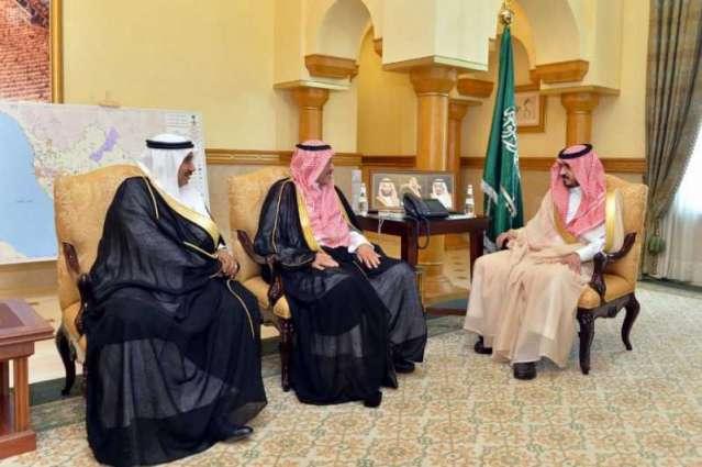 سمو الأمير بدر بن سلطان يستقبل رئيس هيئة الهلال الأحمر