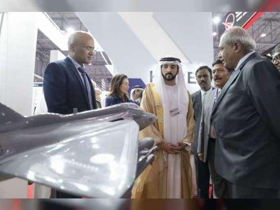 Hamdan bin Mohammed tours Dubai Airshow