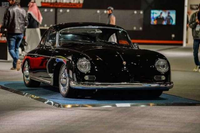 مزاد معرض الرياض للسيارات يفتتح مبيعاته بـ 3.4 مليون دولار