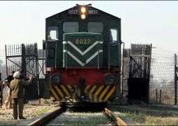 Dumper-train collision in Sargodha leaves one dead