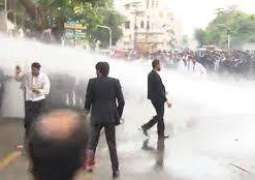 Lawyers set police van on fire after attack on PIC