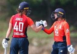 Jones, Wyatt half-centuries hand England win in second Pakistan T20I