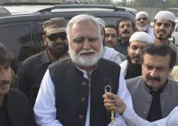 Chill and chill in the government, opposition keeping warm the environment: Akram Durrani