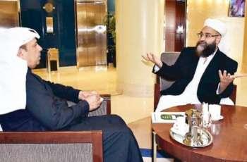 رئیس مجلس علماء باکستان : جمھوریة باکستان الاسلامیة تقف جنبا الي جنب مع المملکة العربیة السعودیة