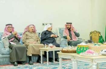 أمين منطقة القصيم يلتقي بلجنة أهالي بريدة