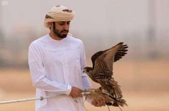 انطلاق أشواط الدوليين في مسابقة الدعو بمهرجان الملك عبدالعزيز للصقور بمشاركة 124 صقارًا