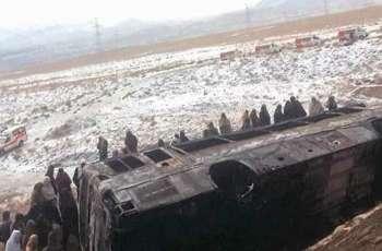 مقتل 15 شخصا اثر اصطدام حافلة الرکاب بسیارة في اقلیم بلوشستان