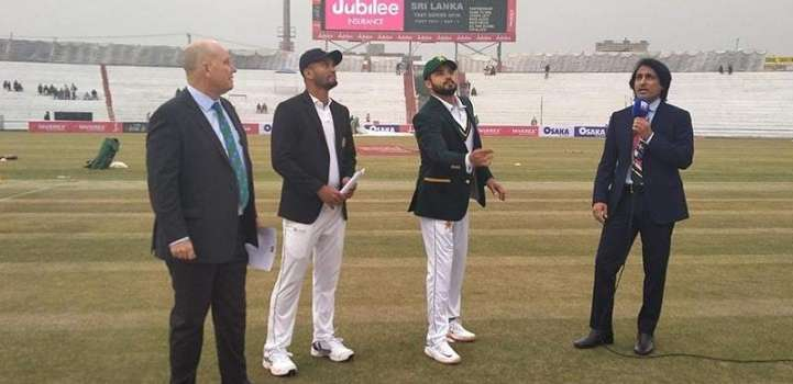 Sri Lanka wins the toss, decides to bat first against Pakistan