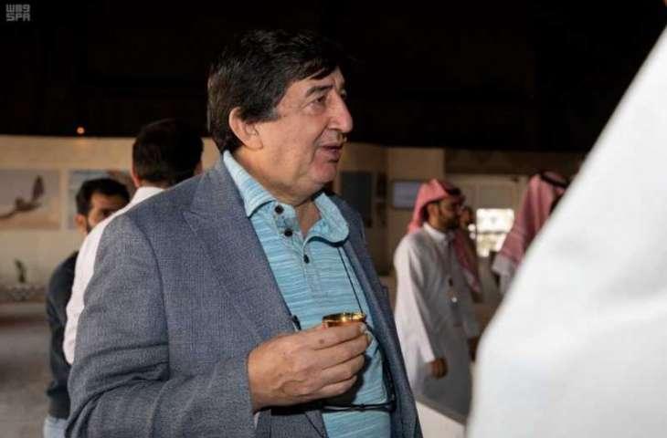 السفير التركي يزور مهرجان الملك عبدالعزيز للصقور