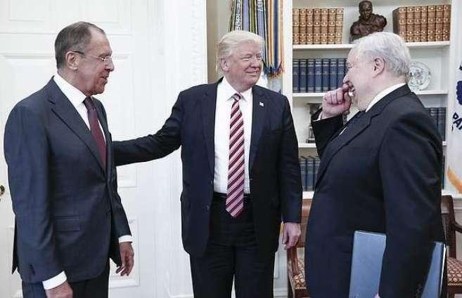 وزیر الخارجیة الروسي سیرغي لافروف یجتمع مع الرئیس الأمریکي دونالد ترامب