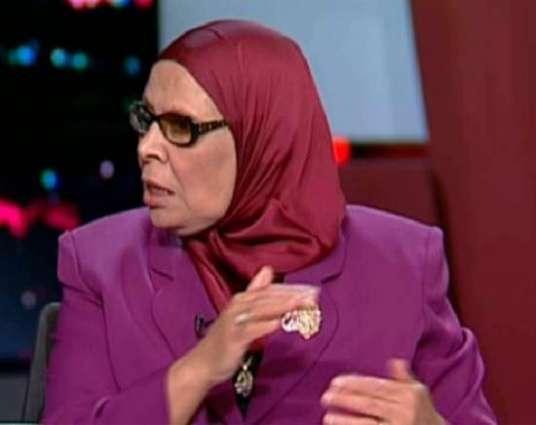 استاذة جامعة الأزھر آمنة نصر : النقاب لیس من الاسلام