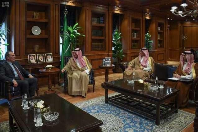 وزير الدولة للشؤون الخارجية يستقبل سفير جمهورية إيطاليا لدى المملكة بمناسبة انتهاء فترة عمله