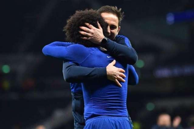 Chelsea want to keep Willian faith against Saints