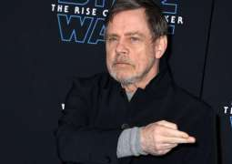 'Star Wars' star Mark Hamill slams Mark Zuckerberg as he makes an exit from Facebook
